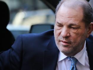 Φωτογραφία για Ένοχος ο Harvey Weinstein