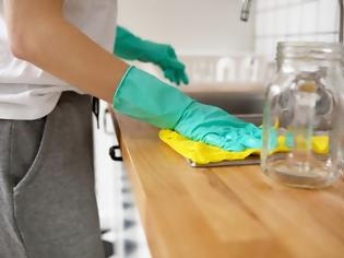 Φωτογραφία για Οδηγίες για σωστό καθάρισμα και απολύμανση σπιτιού και για να κρατήσετε, έξω τον κοροναϊό