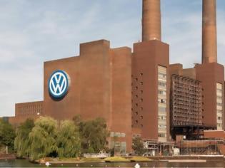 Φωτογραφία για Volkswagen θέτει σε αναγκαστική άδεια σχεδόν 80.000 εργαζόμενους