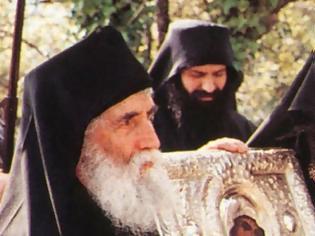 Φωτογραφία για Όσιος Γέρων Παΐσιος, Η Παναγία έφερε στον κόσμο την παραδεισένια χαρά