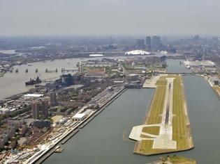 Φωτογραφία για Κλείνει ως τα τέλη Απριλίου το αεροδρόμιο City του Λονδίνου