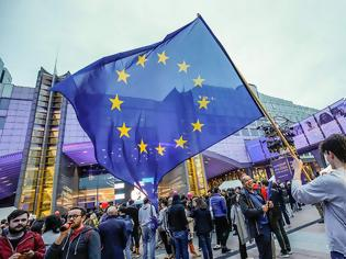 Φωτογραφία για Κορωνοϊός: Θα σκοτώσει ή θα θεραπεύσει την Ευρώπη;