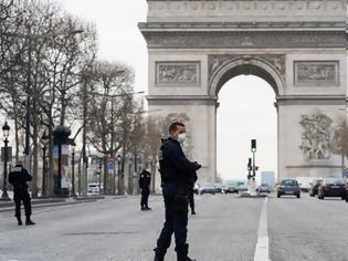 Φωτογραφία για Γαλλία: Παρατείνονται τα μέτρα καραντίνας για άλλες δύο εβδομάδες