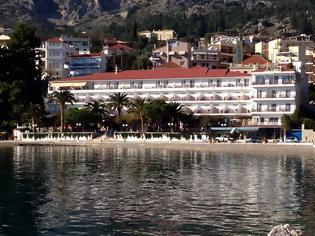 Φωτογραφία για Ξενοδοχείο ΣΤΡΑΤΟΣ στον ΑΣΤΑΚΟ: Παρά την συμφέρουσα οικονομική πρόταση, αρνούμαστε να διαθέσουμε το ξενοδοχείο για τη φιλοξενία αλλοδαπών!!