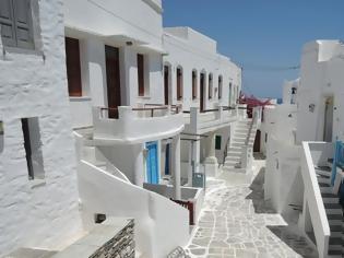 Φωτογραφία για CNN αποθεώνει τους Έλληνες για 10 πράγματα