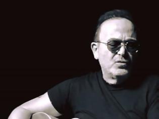 Φωτογραφία για Σταμάτης Γονίδης: Τι ζήτησε από τον τραγουδιστή ο αστυνομικός που τον σταμάτησε για έλεγχο