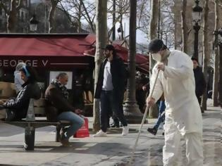 Φωτογραφία για Γαλλία: Ξεπέρασαν τους 7.500 οι νεκροί