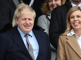 Φωτογραφία για Βρετανία: Η έγκυος μνηστή του Τζόνσον έχει συμπτώματα