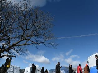 Φωτογραφία για Μεταναστευτικό: Η Αλβανία δέχτηκε να πάρει μετανάστες από την Τουρκία - Θα τους πάει τα ελληνοαλβανικά σύνορα