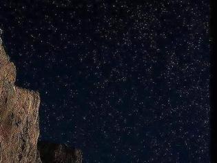 Φωτογραφία για Το Μοναστήρι της Παναγίας Χοζοβιώτισσας στέκει εκεί κατάλευκο...