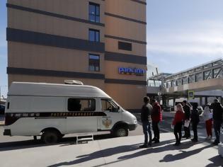 Φωτογραφία για Κατά σχεδόν 1.000 αυξήθηκαν τα κρούσματα σε 24 ώρες στη Ρωσία