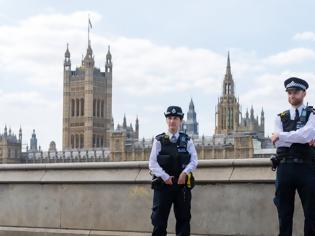 Φωτογραφία για Βρετανία: Νέο αρνητικό ρεκόρ 936 θανάτων σε ένα 24ωρο