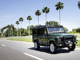 Φωτογραφία για Land Rover Defender Tesla