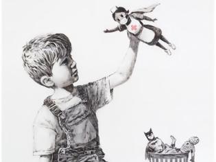 Φωτογραφία για Συγκινητικός Banksy: Ένα αγόρι επιλέγει μια νοσηλεύτρια ως τον αγαπημένο του σούπερ ήρωα
