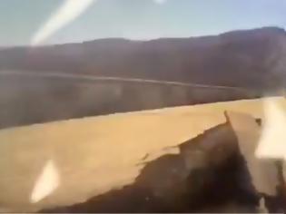 Φωτογραφία για Γέφυρα κατέρρευσε δευτερόλεπτα αφότου πέρασε από πάνω της φορτηγό