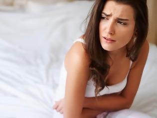 Φωτογραφία για Ο καρκίνος των ωοθηκών προκαλεί πόνο, πρήξιμο χαμηλά στην κοιλιά, αίσθημα φουσκώματος, αύξηση βάρους, κούραση