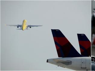 Φωτογραφία για Ο νέος κανονισμός της ΕΕ για τις πτήσεις: Σε ποιους δεν θα επιτρέπεται το ταξίδι -Εκτός αεροδρομίου όσοι δεν κρατούν αποστάσεις!