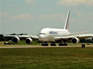 Φωτογραφία για Σε «πρόωρη σύνταξη» τα γιγαντιαία Α380 της Air France λόγω κορωνοϊού