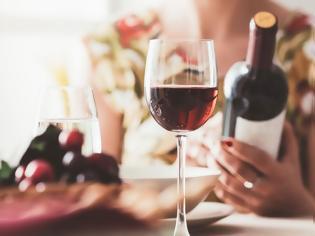Φωτογραφία για Μα παχαίνει το κρασί; Η απάντηση θα σας εκπλήξει