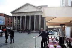 Ιταλία: Τέλος οι χάρτινοι κατάλογοι από τα εστιατόρια