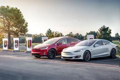 Ελλάδα: Πού θα βάλει η Tesla τους φορτιστές της;