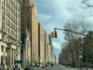 Φωτογραφία για Νέα Υόρκη: Οι φτωχές συνοικίες καταγράφουν υψηλότερα ποσοστά κορωνοϊού