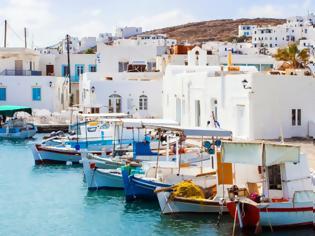 Φωτογραφία για Το σχέδιο του υπουργείου Υγείας για τον τουρισμό: Η νησιωτική χώρα θα «χωριστεί» σε 3 ζώνες
