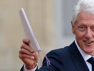 Φωτογραφία για Αποκαλύψεις για τον Μπιλ Κλίντον: Φιλοξενήθηκε στο «νησί των οργίων» του παιδόφιλου Τζέφρι Έπσταϊν