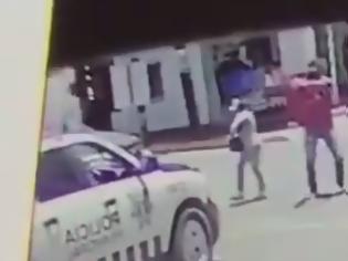 Φωτογραφία για Εκτελεστές υποδύθηκαν το ζευγάρι και «γαζώνουν»  - Το βίντεο σοκάρει