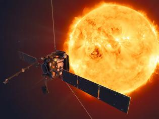 Φωτογραφία για Solar Orbiter: Θα διασταυρωθεί με τις ουρές του νέου κομήτη Atlas