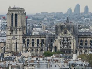 Φωτογραφία για Παρίσι: Άνοιξε για το κοινό ο προαύλιος χώρος της Νοτρ Νταμ