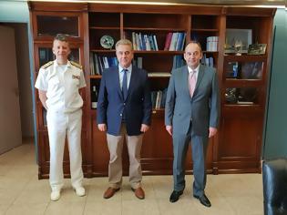 Φωτογραφία για Σημαντικά ζητήματα της Λευκάδας έθεσε στον Υπουργό Ναυτιλίας ο Θανάσης Καββαδάς