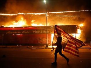 Φωτογραφία για Τρεις λόγοι που πυροδοτούν την οργή των Αφροαμερικανών