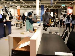 Φωτογραφία για Περίεργη απόφαση της Κομισιόν: Μικρή απειλή(!) για τους εργαζόμενους ο κοροναϊός..