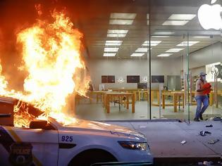 Φωτογραφία για Η Apple θα «κλειδώνει» τις συσκευές που έχουν κλαπεί στις λεηλασίες στις ΗΠΑ