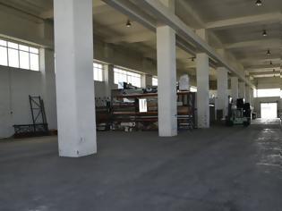 Φωτογραφία για Τέσσερις συλλήψεις σε εργοστάσιο «φάντασμα» με λαθραία τσιγάρα