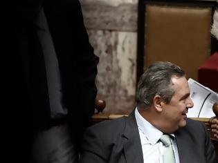 Φωτογραφία για Νέες «φωτιές» για τον ΣΥΡΙΖΑ από τους απίστευτους διαλόγους Καμμένου - Παπαγγελόπουλου μπροστά στον Τσίπρα!