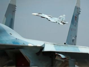Φωτογραφία για Ασκήσεις «ψυχρού πολέμου»: Ρωσικά μαχητικά Su-27 αναχαίτισαν Αμερικανικά