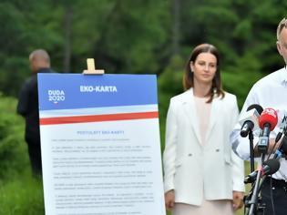 Φωτογραφία για Πολωνία: Ο απερχόμενος πρόεδρος θέλει να απαγορεύσει στο Σύνταγμα την υιοθεσία από ομόφυλα ζευγάρια