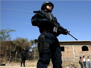 Φωτογραφία για Μεξικό: Υπόθεση μυστήριο με ναρκωτικά, αεροπλάνο στις φλόγες και εγκαταλελειμμένο αυτοκίνητο