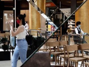 Φωτογραφία για Καταργείται η μάσκα για τους καταναλωτές μέσα σε εμπορικά κέντρα και το όριο των 6 ατόμων ανά τραπέζι