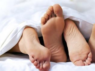 Φωτογραφία για Νέα έρευνα: Η χρήση λιπαντικού βελτιώνει την ερωτική επαφή για 9 στις 10 γυναίκες