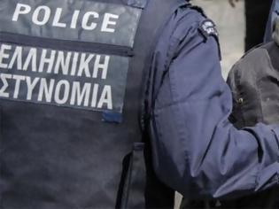 Φωτογραφία για Στα χέρια της αστυνομίας 35χρονος που είχε στην τσάντα του μαχαίρι 10 εκατοστών