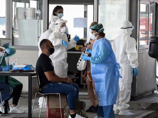 Φωτογραφία για Κορωνοϊός: Μάχη σε δύο μέτωπα για να μην «φουντώσει» η επιδημία