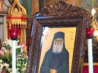 Φωτογραφία για ΜΑΡΤΥΡΙΕΣ ΠΡΟΣΚΥΝΗΤΩΝ: Ο γέροντας Παΐσιος είχε το Πνεύμα το Άγιο, γι' αυτό και τα παραδείγματα του είχαν την φώτιση του Θεού