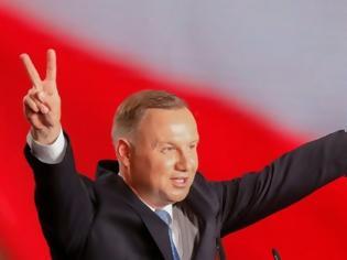 Φωτογραφία για Προεδρικές εκλογές στην Πολωνία: Οριστική η επανεκλογή του Ντούντα