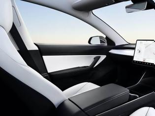 Φωτογραφία για H Tesla κοντά στην τεχνολογία για αυτόνομα οχήματα χωρίς τιμόνι και πεντάλ