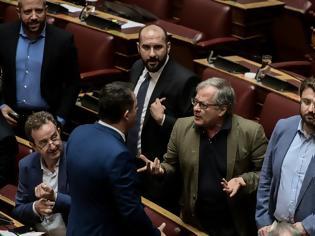 Φωτογραφία για Ένταση με τον Μάρκου στη Βουλή: Το δις εξαμαρτείν του βουλευτή του ΣΥΡΙΖΑ