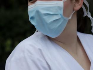 Φωτογραφία για Χαρδαλιάς: Υποχρεωτική η μάσκα σε καταστήματα, φούρνους, κρεοπωλεία, κομμωτήρια, τράπεζες, ΔΕΚΟ