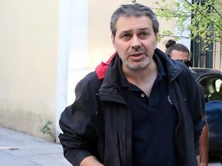 Φωτογραφία για Στέφανος Χίος: Ο δράστης φορούσε κουκούλα και είχε σχιστά μάτια